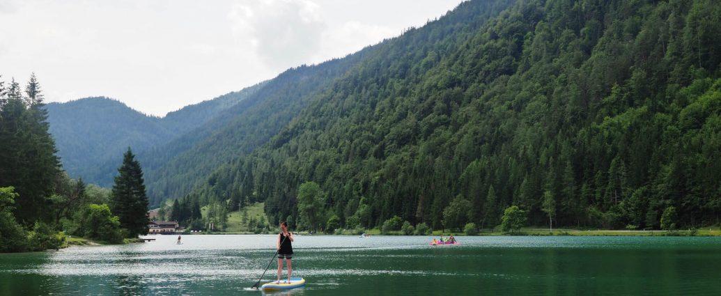 Stand Up Paddling auf dem Pillerseetal in Österreich